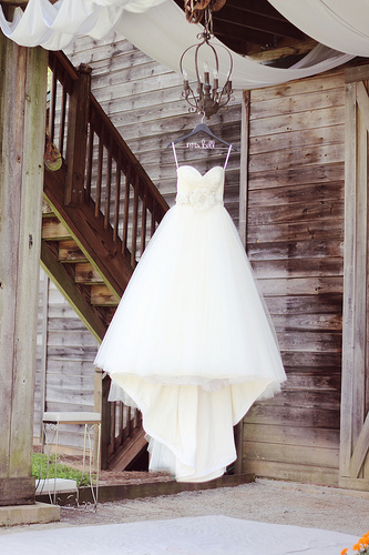 Rustic Barn - Wedding Dress