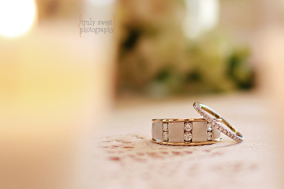 wedding rings photographer - Truly Sweet Photography